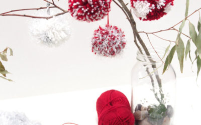 Christmas Pom Pom Baubles DIY
