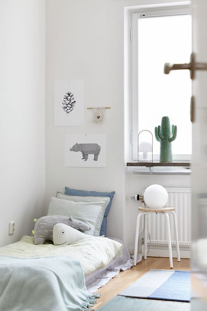 Subtle blue hues in the kids rooms for Little kids room