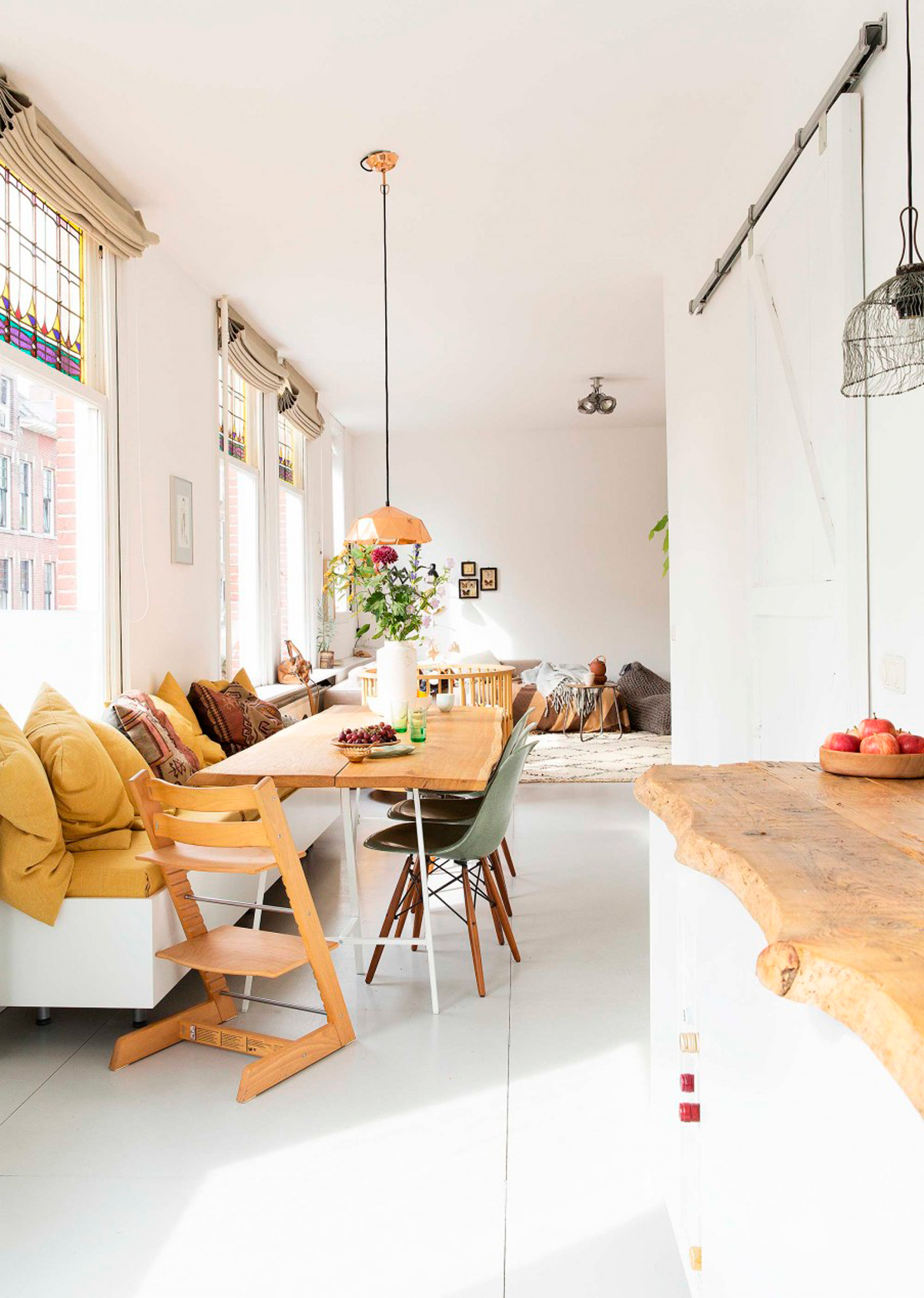 Bloesem Living | Link Love: This Home Warms our Hearts