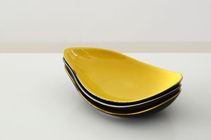 Sg_apt_yellowbowls