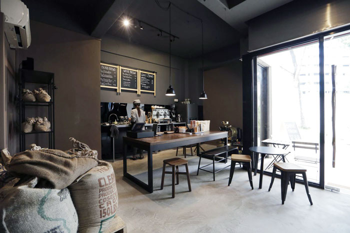 Bloesem Living | Coffee shop stop: The Tiny Roaster by Zara S.