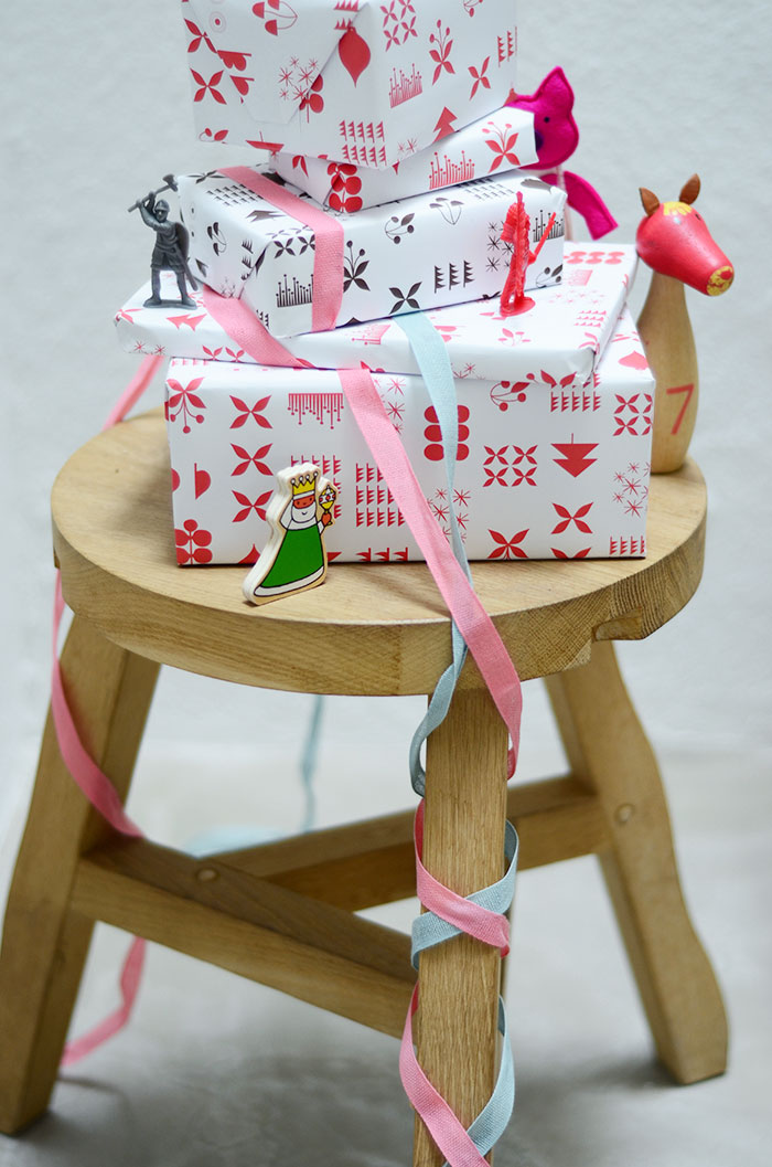 Bloesem Kids | Free Christmas Wrapping paper by Jessica Nielsen