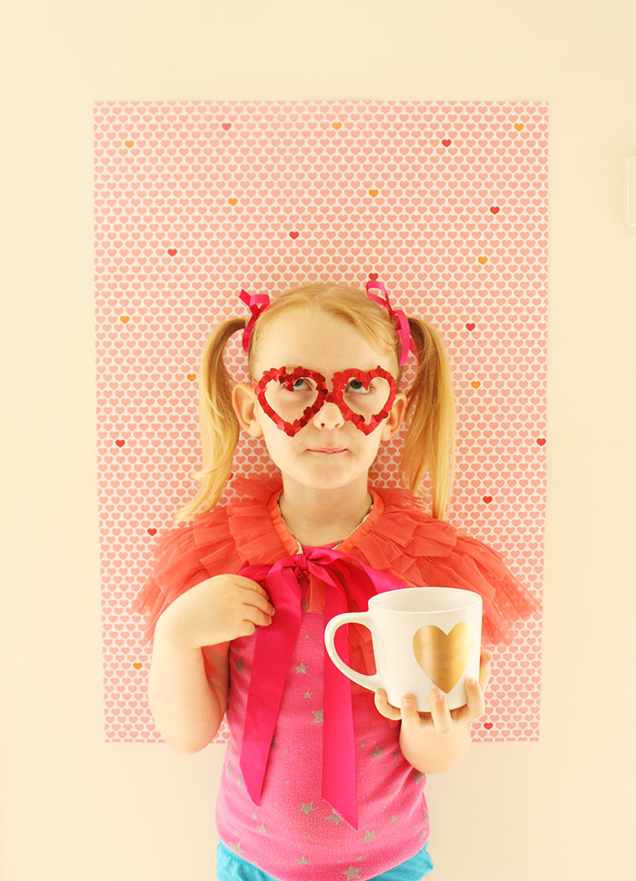 Bloesem Kids | Valentines DIY spec-tacular glasses craft project